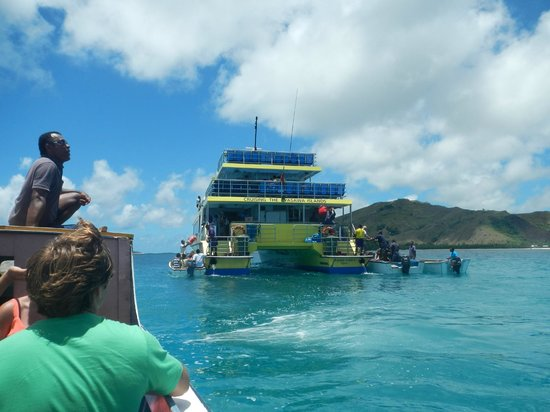 Yasawa Flyer Ferry: About the board after leaving the BLBR.