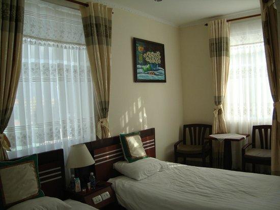 Green Hotel: Интерьер номера