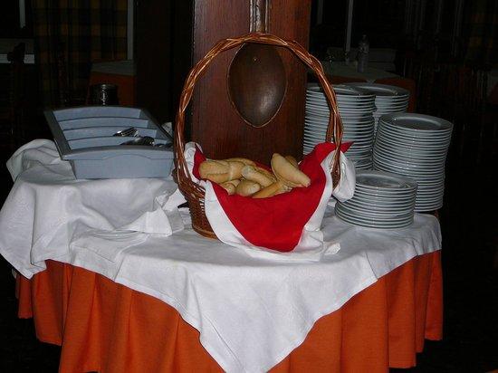 Casa del Sol: vaisselle mi-propre, en self-service, pain sec !