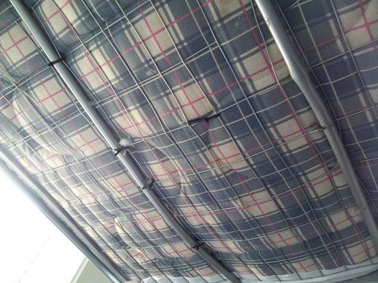 The W14 Kensington: Les lits rafistolés