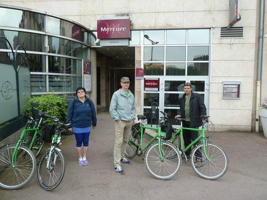 Mercure Thionville Centre : Старт велопробега от отеля Mercure в Тьонвиле