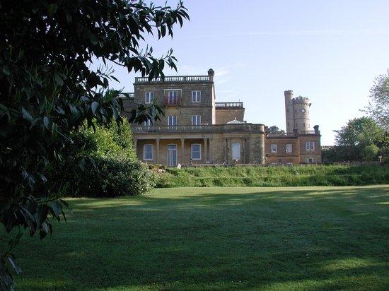 Salomons Estate: house through the tress