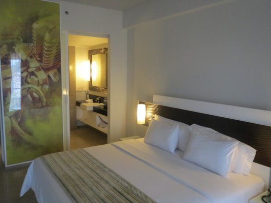 Sensa Hotel: Bed room