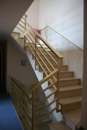 Hotel Estel: Escalera Hotel