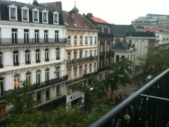 Marivaux Hotel: View from room, south