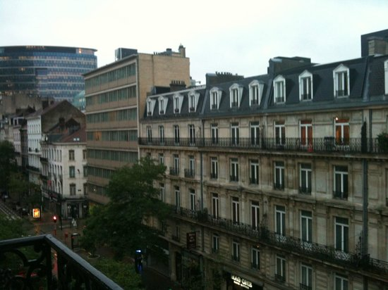 Marivaux Hotel: View from room, north