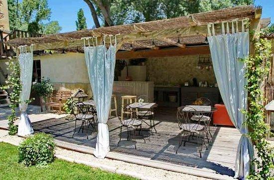 Le Moulin de Picaud : La cuisine d'été