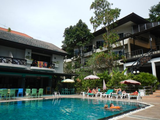 Anyavee Ban Ao Nang Resort: Pool o hus 3.