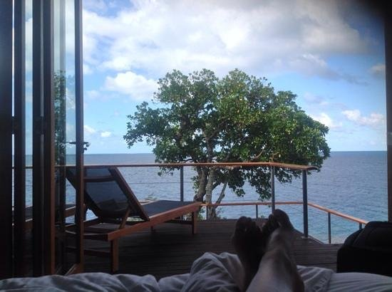 Royal Davui Island Resort, Fiji: view from bed in vale 5