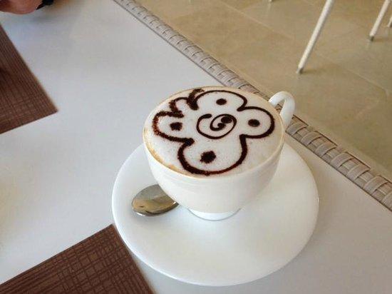 Allegroitalia Siracusa Golf Monasteri : Cappuccino am morgen