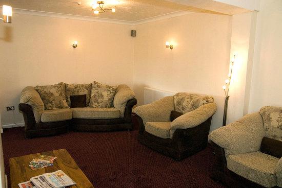 The Hamilton: Residents Lounge