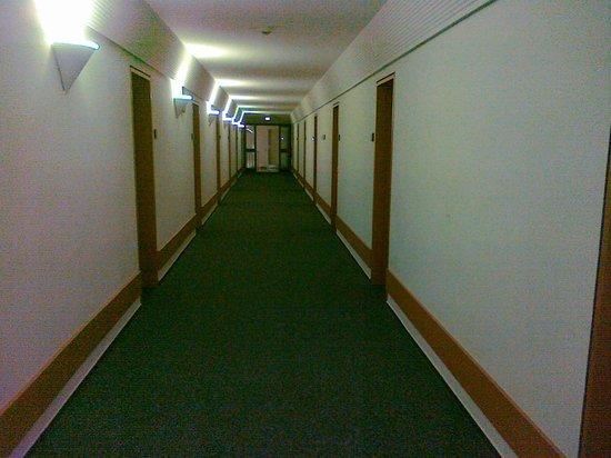 Commundo Tagungshotel Stuttgart: Un corridoio