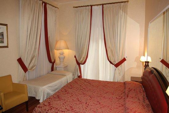 Colonna Palace Hotel: наш номер