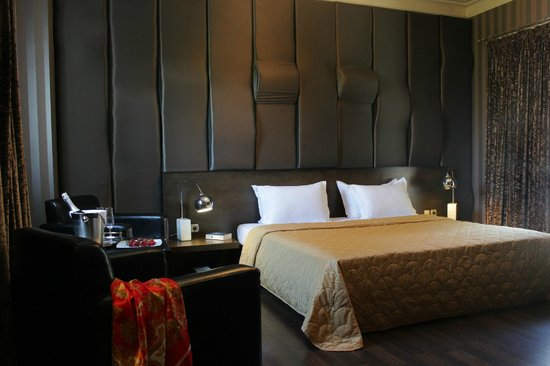 Galaxy design hotel ab chf 46 c h f 5 7 bewertungen for Design hotels griechenland