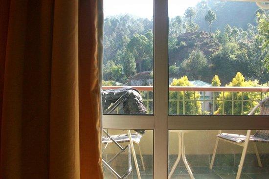 Club Mahindra Binsar Valley: balcony