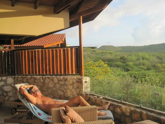 The Natural Curacao: Tanning on the porch