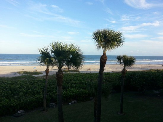 International Palms Resort & Conference Center Cocoa Beach: View from our room.