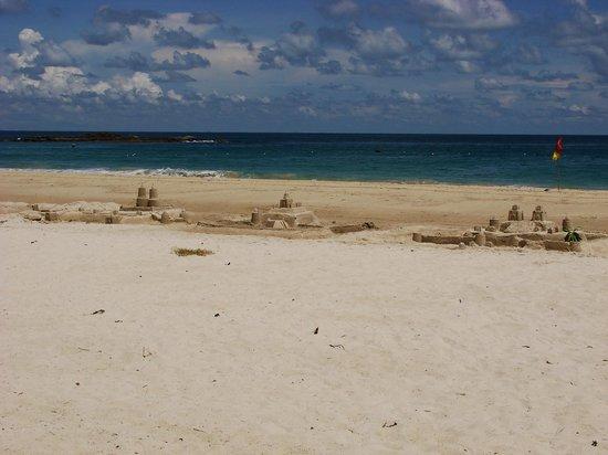 Bintan Lagoon Resort : Пляж