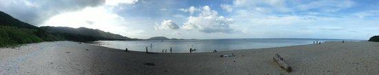 Yonehara Beach : Panorama of the beach
