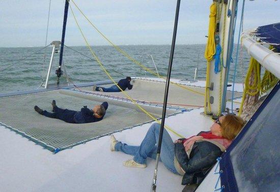 Kapalouest : relaxing on boat
