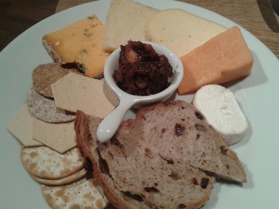 The Clive: Cheese to share