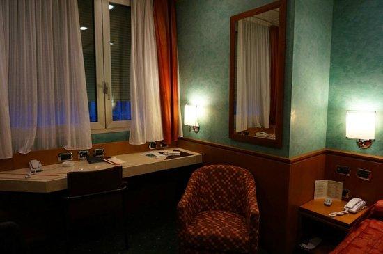 Brunelleschi Hotel: Номер