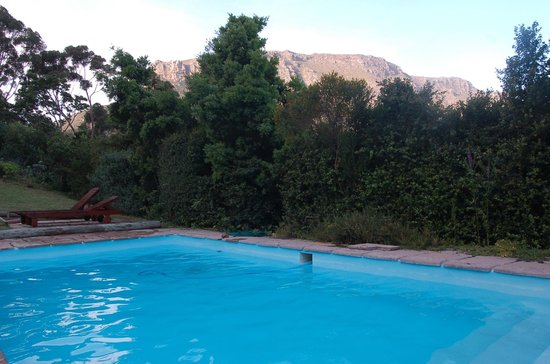Intaba Lodge: Piscine