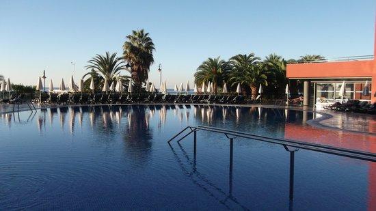 Enotel Lido Madeira: PISCINE DE L'HOTEL