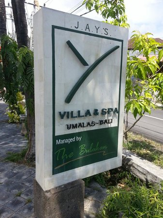 Jay's Villa Umalas : Main entrance