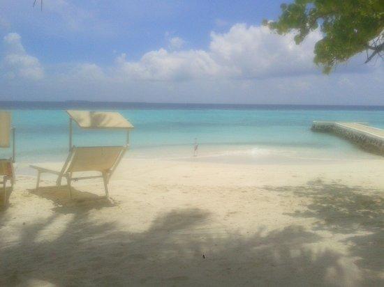 VOI Maayafushi Resort : vista dal beach bungalow 2