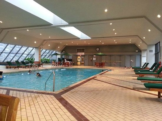 The Westin Harbour Castle, Toronto: large pool