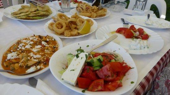 Panagiota: Traditional Greek Food