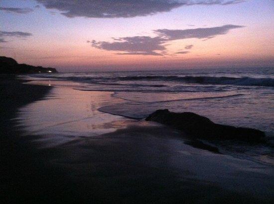 Casa de Playa Bungalows y restaurant: Another Beautiful Sunset