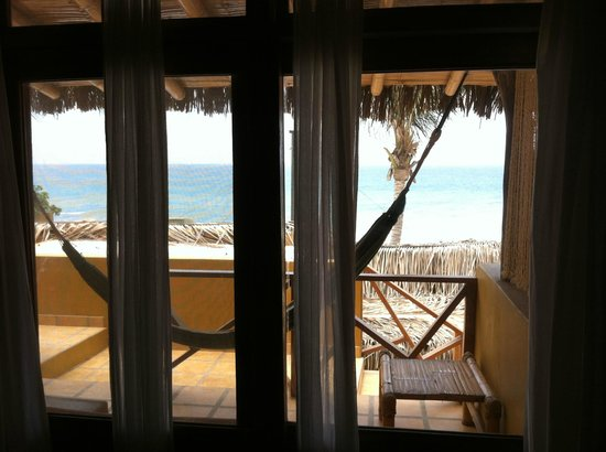Casa de Playa Bungalows y restaurant: View from inside the room