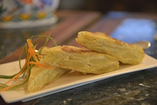 Hola Espana: Tortilla Espanola - a winner! You'll love these, be sure to try