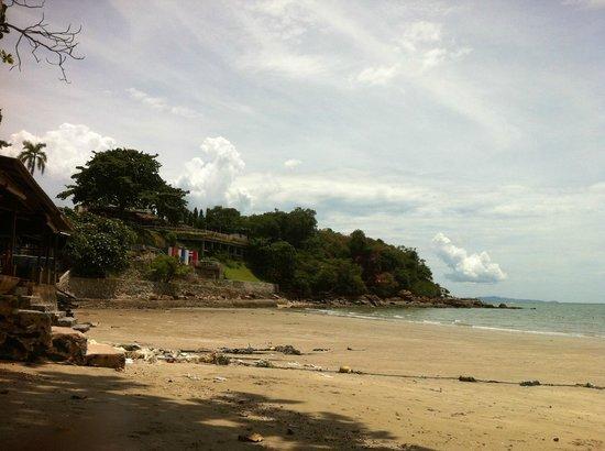 Asia Pattaya Hotel: Пляж отеля