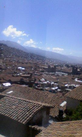 LOKI Cusco : La vista desde la Cuesta de Santa Ana.