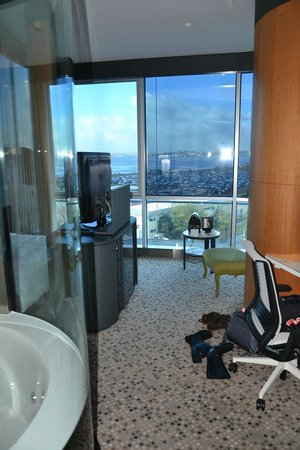 DoubleTree by Hilton Istanbul - Moda : Room