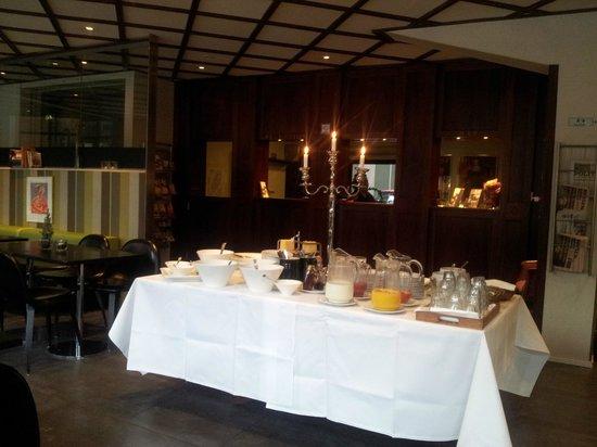 Hotel Danmark - TEMPORARILY CLOSED : Sala de café