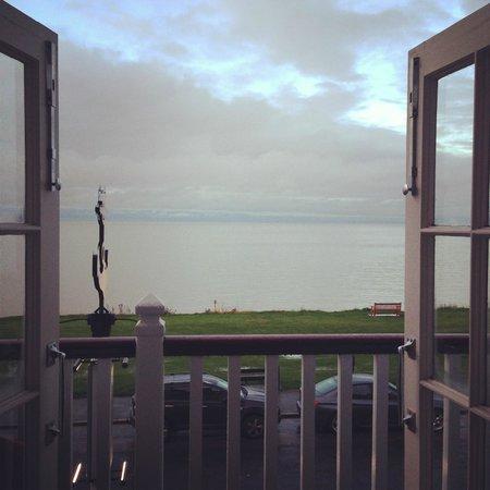 The Marine Hotel : worth having a sea view room