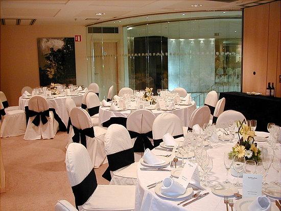 Hotel Alameda Plaza: Montaje banquete