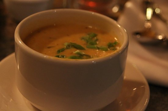 Orleans Grapevine Wine Bar and Bistro: Cup of Butternut Squash Soup - really delicious!