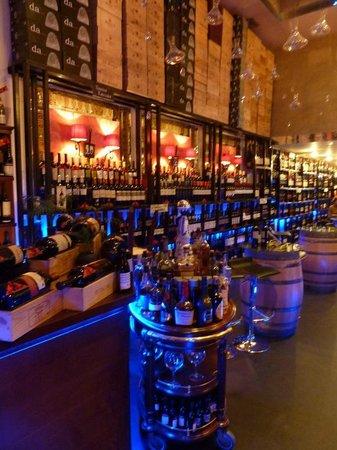 Dominio de Antargu: Vinoteca