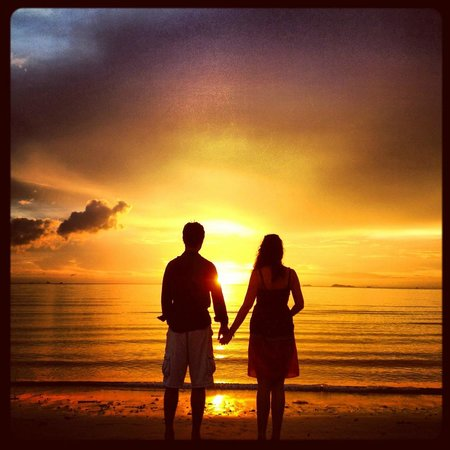 Viva Vacation Resort: Romantic sunset.