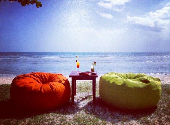 Viva Vacation Resort: Happy hour.
