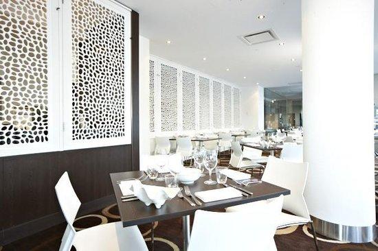 One Bay Restaurant & Cafe Lounge