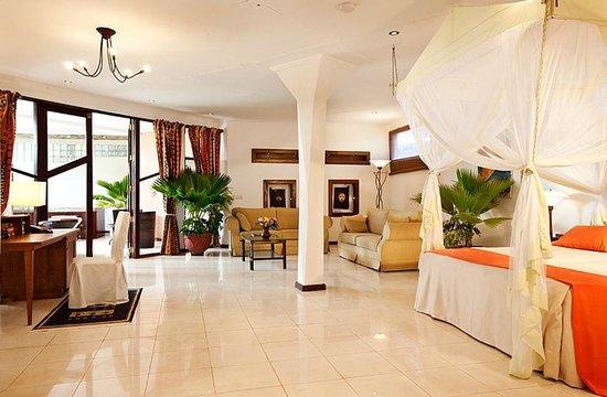 Ngala Lodge: An Atlantic suite