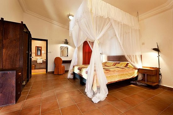 Ngala Lodge: A Manor suite