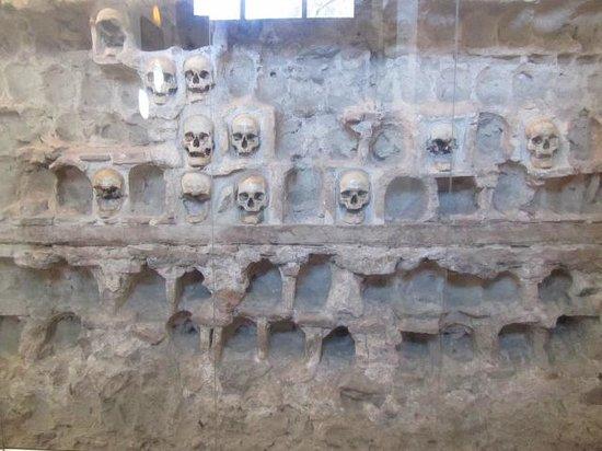Good Night: Tower of Skulls