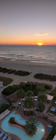 Sea Crest Oceanfront Resort: sunrise from our room
